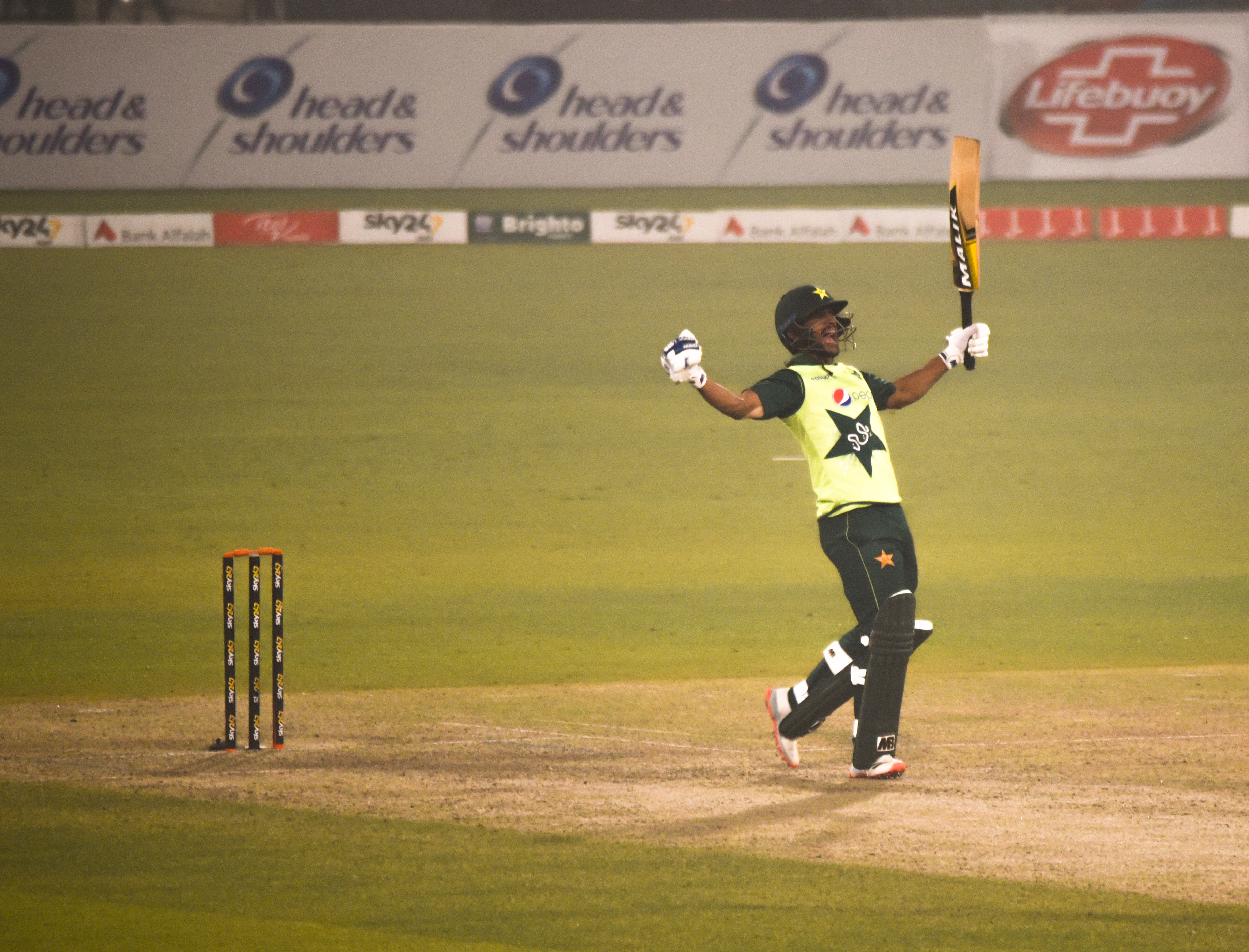 Pakistan overpower South Africa to win series and bring up century of T20I wins - International Cricket Council