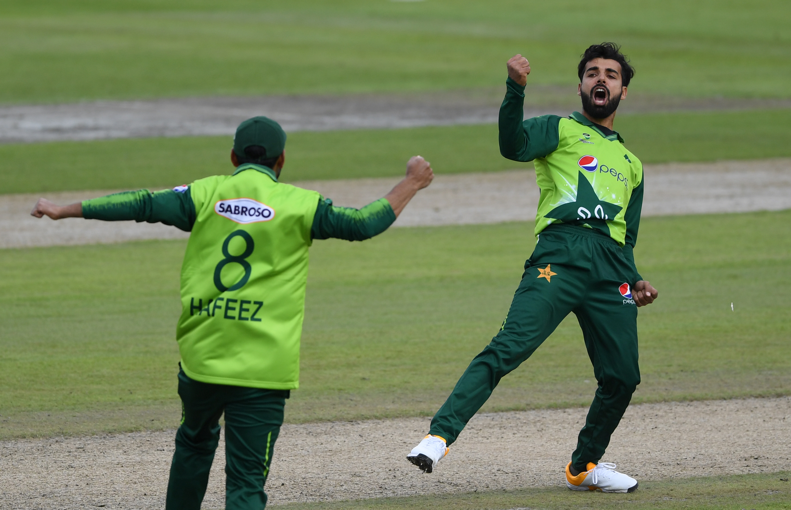 Shadab, Hafeez return to T20I mix as Pakistan name squads for South Africa, Zimbabwe tours - International Cricket Council