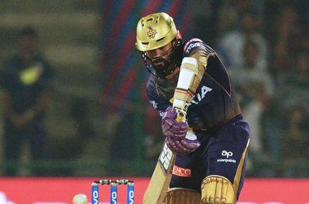 Gavaskar wants Rahul at No.4 for World Cup