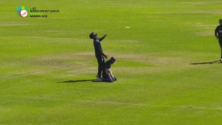 WCL 2 : Canada v USA – Gore's spectacular diving catch