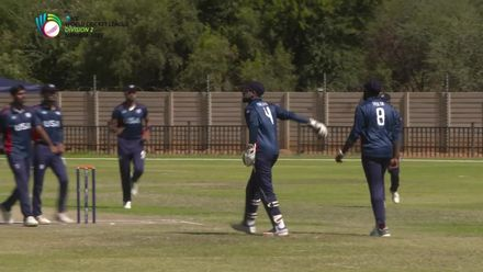 WCL 2: USA v PNG – Malhotra takes a sharp catch to dismiss Ura