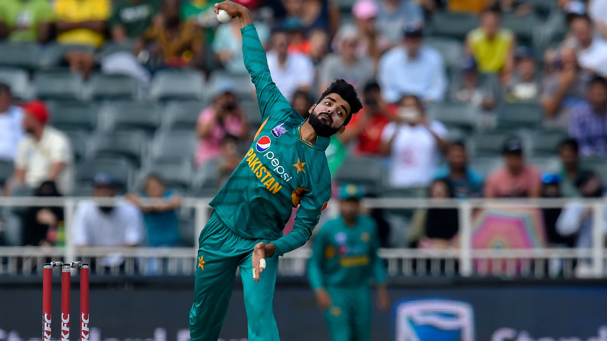 21691917282 Shadab Khan advised complete rest as he eyes World Cup return