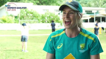 'Great opportunity to spread the message of cricket' – Holly Ferling visits Vanuatu school