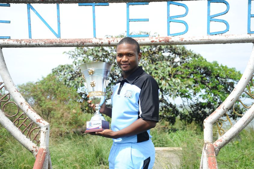 Botswana captain Karabo Mothlanka with the ICC T20 World Cup Africa Final Qualifier trophy