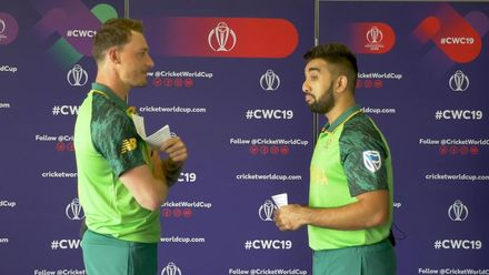 You laugh you lose: Dale Steyn and Tabraiz Shamsi