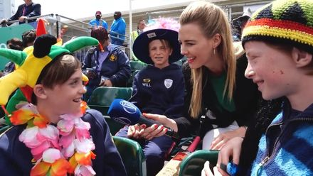 CWC19 WU9: WI v NZ – Elma Smit spends time with young Chris Gayle fans