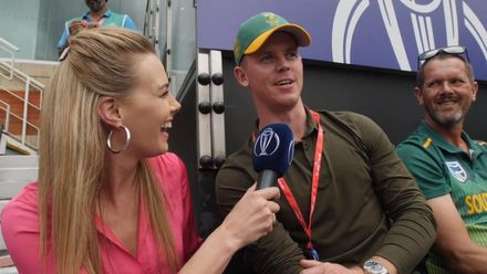 CWC19: Eng v SA – Elma interacts with South African golfer Brandon Stone