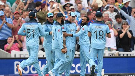CWC19: Eng v SA – Stokes defies logic to grab a stunner in the deep