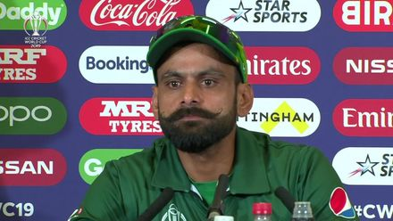 CWC19: Eng v Pak - Mohammad Hafeez: 'Everyone expressed themselves'