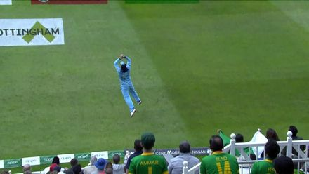 CWC19: Eng v Pak - Bairstow's safe hands end Asif Ali's innings
