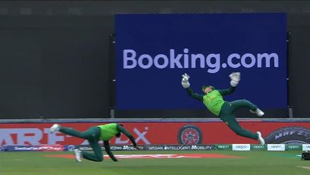 CWC19: SA v IND - More tasty angles of that de Kock catch