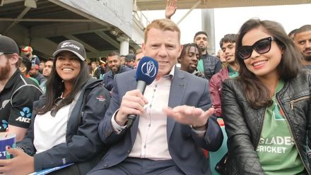 CWC19: BAN v NZ - Niall chats to fans from both teams