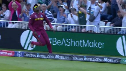 Nissan POTD: Sheldon Cottrell's in-and-out boundary catch