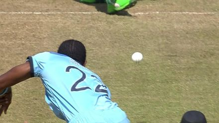 CWC19: ENG v BAN - Archer takes the top of off-stump