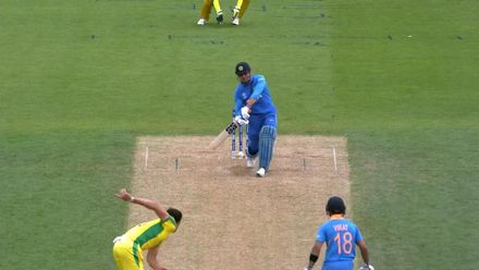 CWC19: IND v AUS - Dhoni knocks Starc into the crowd
