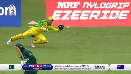 CWC19: AUS v PAK – Malik is dismissed for a duck as Carey takes a blinder