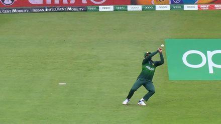 CWC19: AUS v PAK – Asif Ali drops Finch on 33