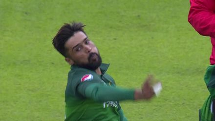 CWC19: IND v PAK - Mohammad Amir takes 3/47