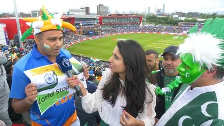 CWC19: IND v PAK - Zainab with Pakistan and India fans