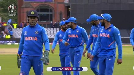 CWC19: IND v PAK - The rain returns with Pakistan a long way behind