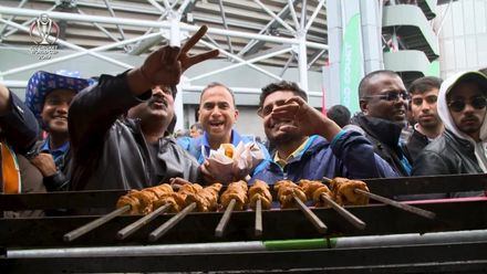 CWC19: IND v PAK - Plenty of great looking food being sold around the ground!