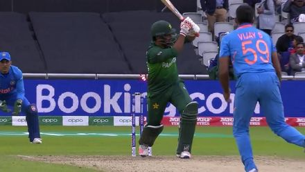CWC19: IND v PAK - Sarfaraz is the second Pakistan batsman to chop on