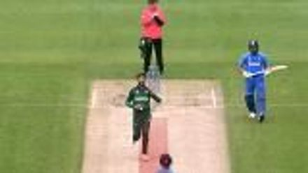CWC19: IND v PAK - Amir receives warnings for following through on the pitch
