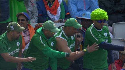 CWC19: IND v PAK - The Pakistan fans are enjoying some boundaries