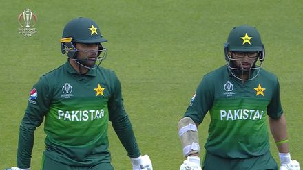 CWC19: IND v PAK - Pakistan's first ten overs