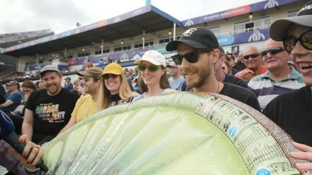 CWC19: NZ v SL - Kiwis in the crowd