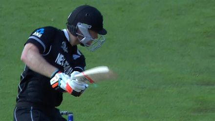 CWC19: NZ v SA - Neesham edges to slip