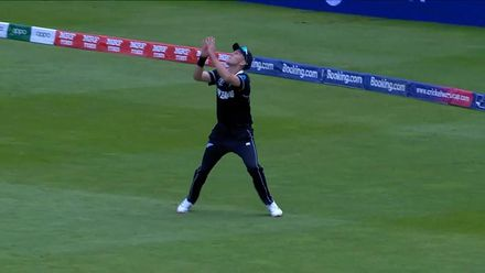 CWC19: NZ v SA - Miller is caught at third man