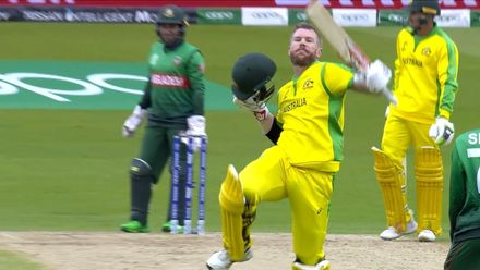 CWC19: AUS v BAN - Warner celebrates his hundred