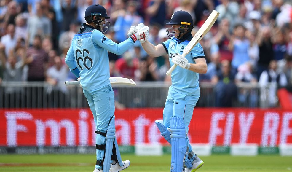 Dominant England seek to continue upward march
