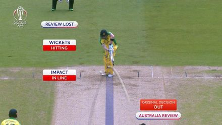 CWC19: AUS v BAN - Smith trapped lbw by Mustafizur, uses review