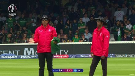 CWC19: Pak v SA - de Kock is caught in the deep