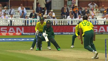 CWC19: Pak v SA - Fakhar is caught by slip trying to scoop Tahir