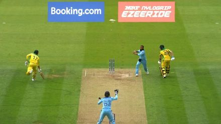 CWC19: ENG v AUS - Stoinis run out in mix-up
