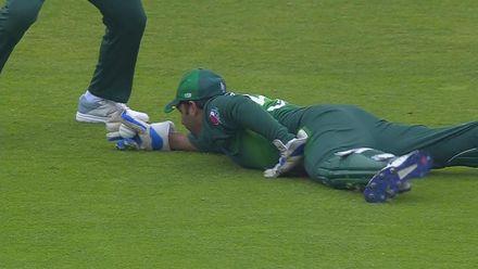 CWC19: NZ v PAK - Brilliant catch from Sarfaraz ends Ross Taylor's innings