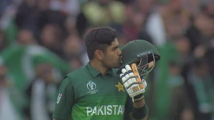 CWC19: NZ v PAK - Wild celebrations at Edgbaston for Babar's hundred