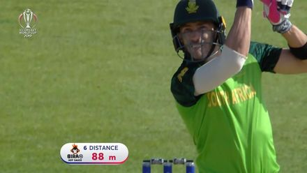 Nissan POTD: Faf du Plessis hits Lakmal for six down the ground