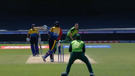 CWC19: SL v SA - Mathews drags on to give Morris his first wicket