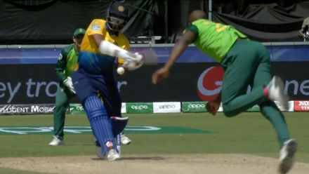 CWC19: SL v SA - Thisara Perera is well caught in the deep by Rabada