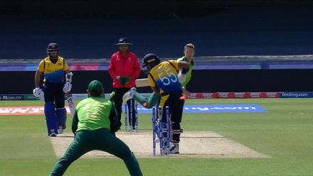 CWC19: SL v SA - Pretorius bowls Kusal Perera for his second wicket