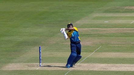 CWC19: SL v SA - Mendis is caught at fine leg