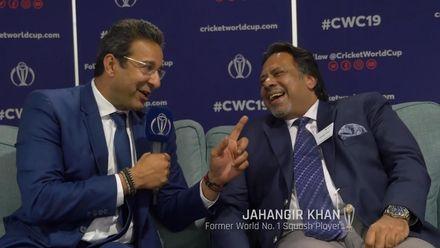 Wasim Akram meets his idol, Squash legend Jahangir Khan!