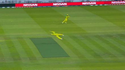 CWC19: NZ v AUS - Smith's catch replays