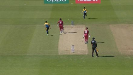 CWC19: SL v WI - Shimron Hetmyer is run out after mix up