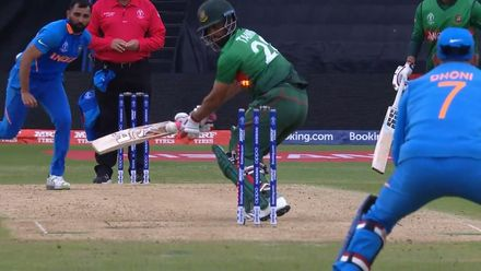 CWC19: BAN v IND - Tamim chops on