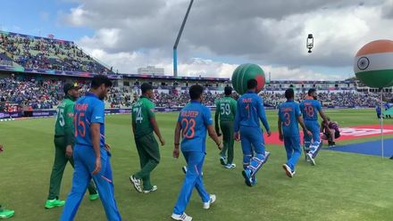 CWC19: BAN v IND - The teams head out for the anthems
